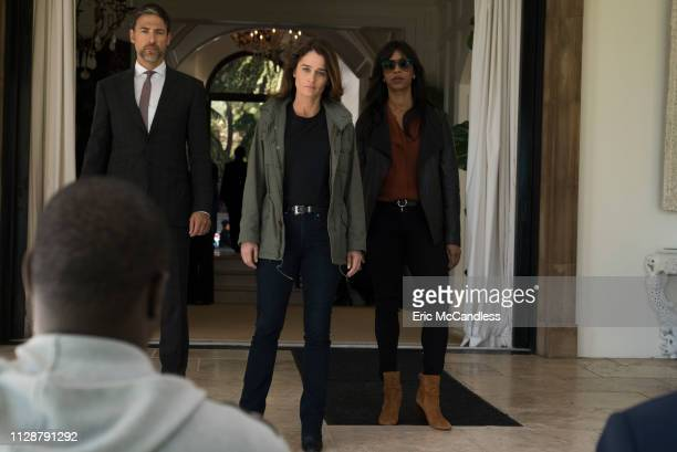 THE FIX Pilot LA district attorney Maya Travis suffers a devastating defeat after prosecuting an Alist movie star for double murder With her...