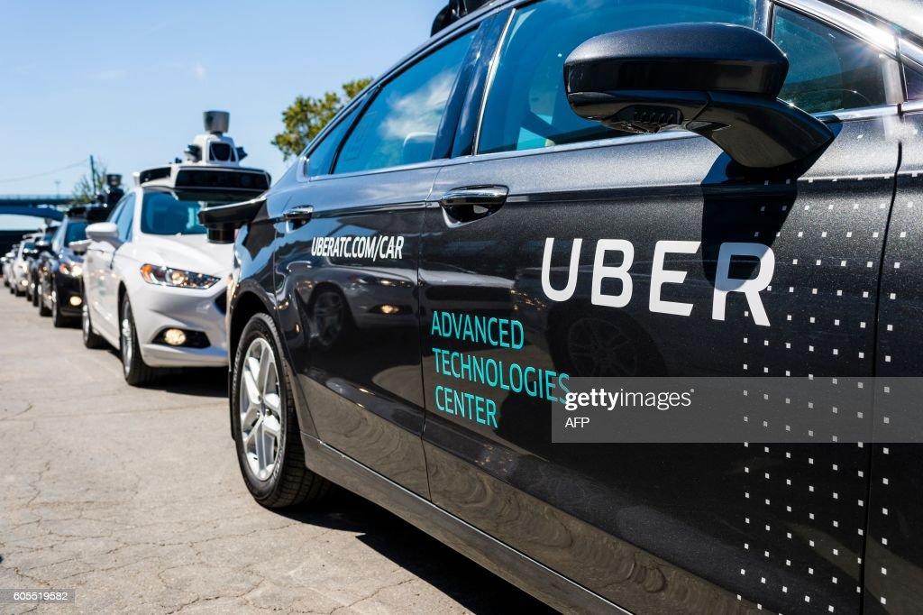 US-TRANSPORT-TECHNOLOGY-UBER-AUTO : Fotografía de noticias