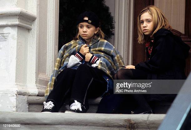 KIND Pilot Putting Two n' Two Together Airdate September 25 1998 MARYKATE AND