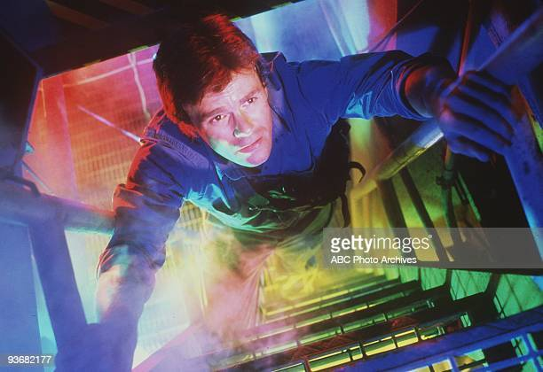 MACGYVER pilot Season One 9/29/85 Richard Dean Anderson is a different kind of hero he doesn«t use weapons he«s afraid of heights and he«s an expert...