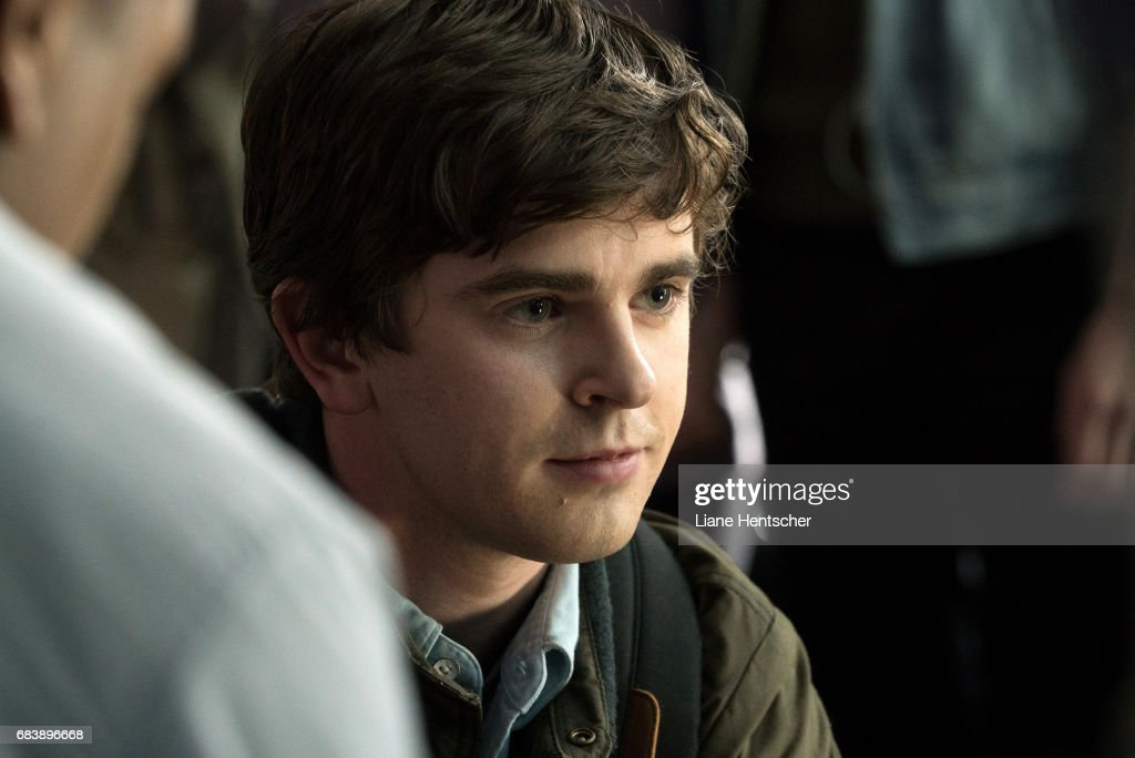 DOCTOR - 'Pilot' - Shaun Murphy (Freddie Highmore, 'Bates Motel'), a young surgeon with autism and savant syndrome, relocates from a quiet country life to join a prestigious hospital's surgical unit. Alone in the world and unable to personally connect with those around him, Shaun uses his extraordinary medical gifts to save lives and challenge the skepticism of his colleagues. FREDDIE