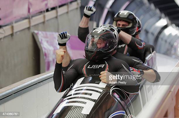 Pilot Steven Holcomb Curtis Tomasevicz Steven Langton and Christopher Fogt of the United States team 1 finish the final run during the Men's Four Man...