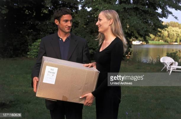 SCHUTZENGEL / Pilotfilm Deutschland 2000 / Michael Keusch Nach einem Mordanschlag kehrt Victor Petri als Schutzengel auf die Erde zurück Szene Maria...