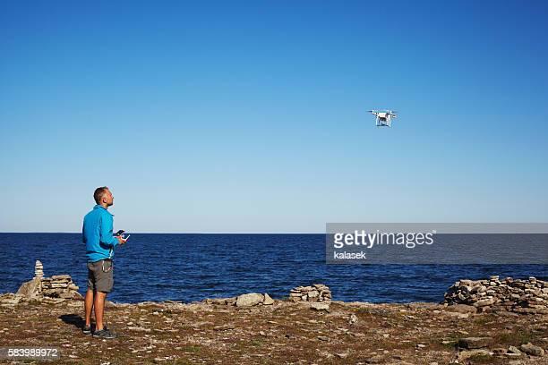 Piloting drone
