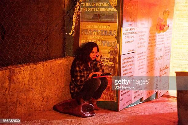 SOUTH Piloto Episode 101 Pictured Alice Braga as Teresa Mendoza