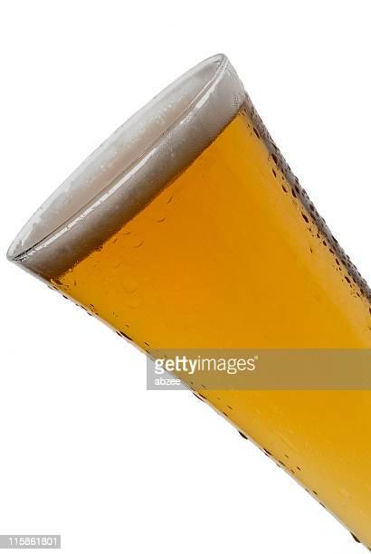産ピルスナービールビアグラス角度で