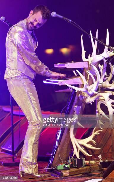 Pilton, UNITED KINGDOM: Lead singer Brandon Flowers of US band The Killers performs on the Pyramid stage at Glastonbury music festival, in Pilton,...