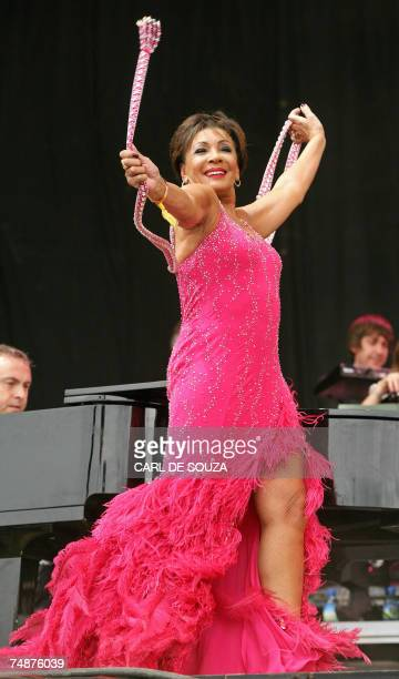Pilton, UNITED KINGDOM: Welsh singer Dame Shirley Bassey performs on the Pyramid stage during Glastonbury music festival, in Pilton, Somerset, 24...