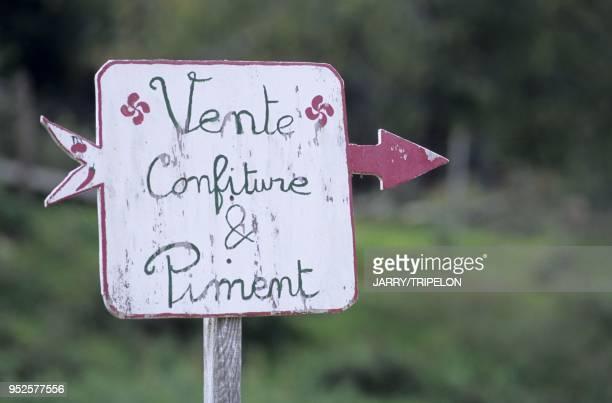 piments d Espelette Espelette Pays Basque departement PyreneesAtlantique region Aquitaine France Espelette pimentos Espelette Pays Basque...