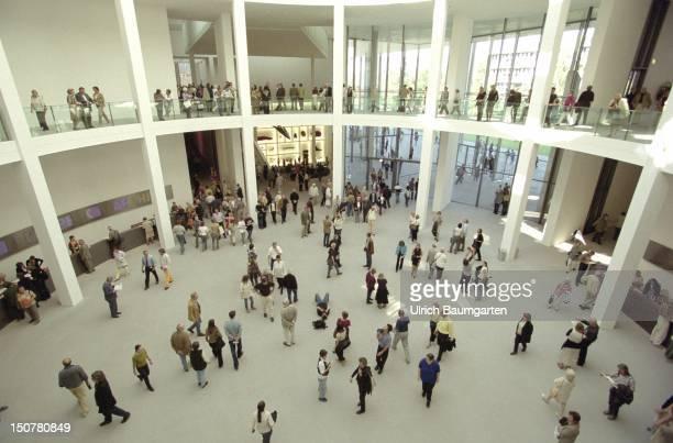 Pinakothek der Moderne museum for modern art