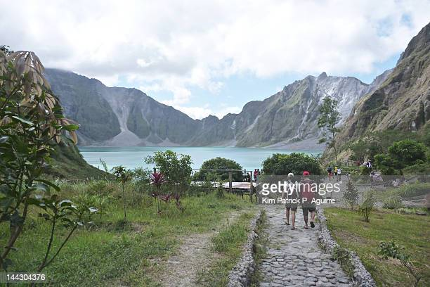 pinatubo crater - mt pinatubo stock photos and pictures