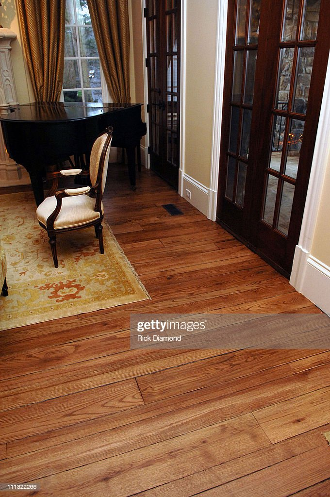 Pine Hardwood Floors From Ted Turner S Avalon Plantation