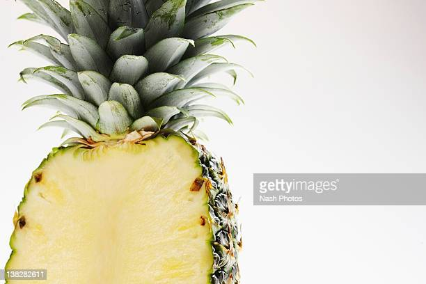 Pineapple horizontal