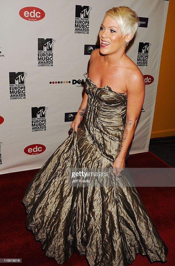 Pink arrives for the 2008 MTV Europe Music Awards held at at the Echo Arena on November 6, 2008 in Liverpool, England.