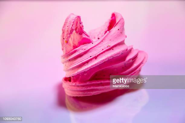 pink clay slime - ふわふわ ストックフォトと画像