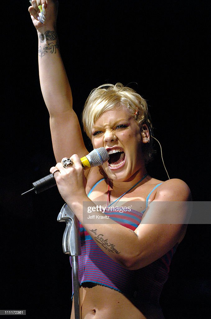 Pink Live at the 5th Anniversary Party Benefiting Toys for Tots Hosted by Motorola : News Photo