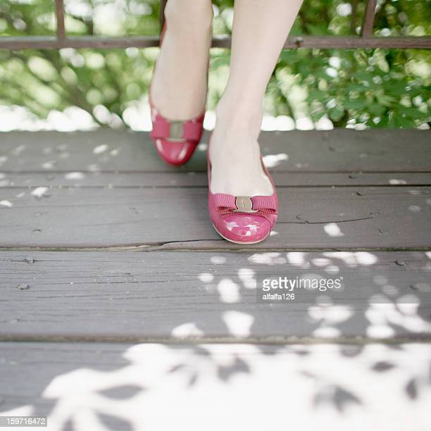 pink flats - フラットシューズ ストックフォトと画像