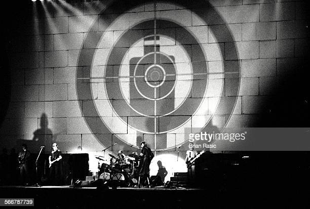 Pink Floyd Performing In 1980 At Earls Court London Pink Floyd The Wall Concert Earls Court 1980