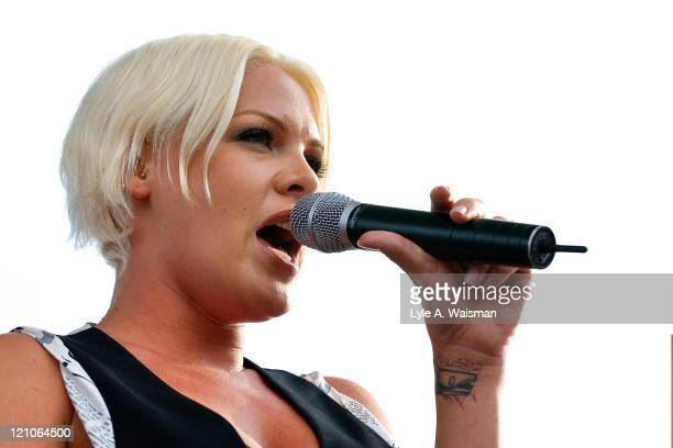 Pink Live in Concert at the B96 Summer Bash in Chicago