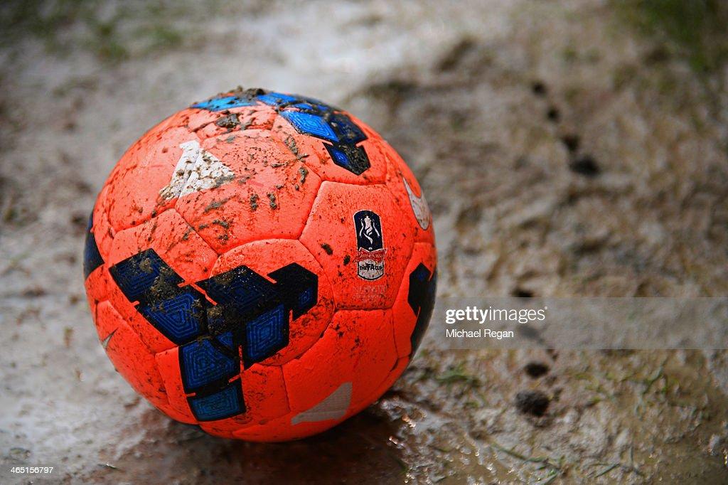 Sheffield United v Fulham - FA Cup Fourth Round : News Photo