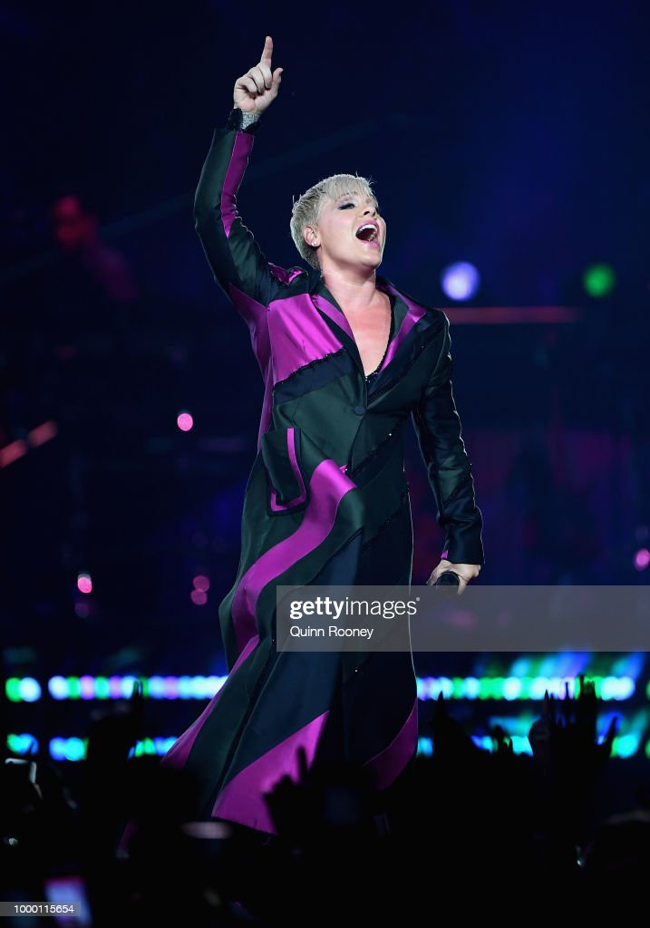 PINK Beautiful Trauma World Tour 2018 - Melbourne