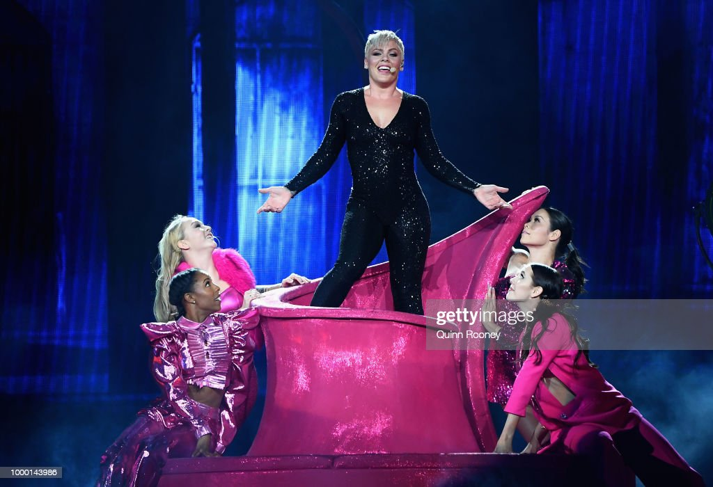 PINK Beautiful Trauma World Tour 2018 - Melbourne : News Photo