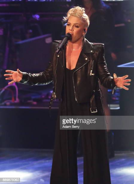 Pink performs during the 'The Voice of Germany' semifinals at Studio Berlin Adlershof on December 10 2017 in Berlin Germany The finals will be aired...
