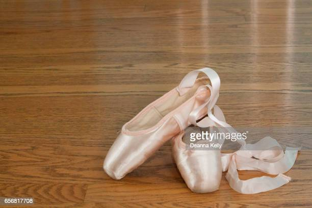 pink pointe ballet slippers - satin dress stock pictures, royalty-free photos & images