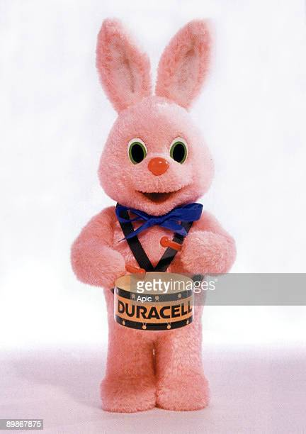 Pink rabbit and a drum emblem of Duracell from 1973