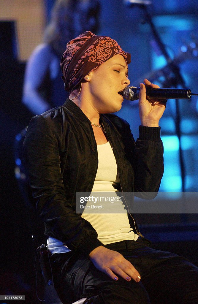 Pink, Rehearsals For The Brit Awards 2003, At Earl's Court, London