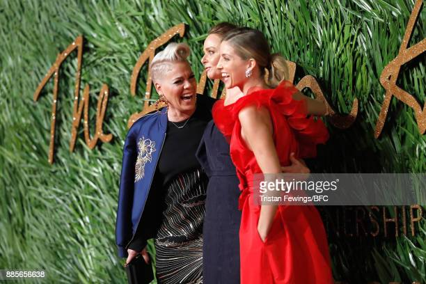 Pink Stella McCartney and Annabelle Wallis attend The Fashion Awards 2017 in partnership with Swarovski at Royal Albert Hall on December 4 2017 in...
