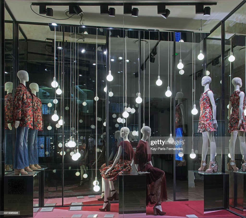 083a0808e7a Pinko - Paris Windows Display 2015 as Part of the World Fashion ...
