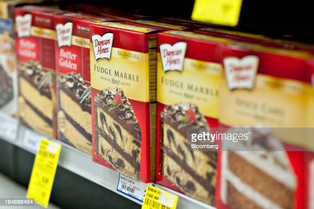 Pinnacle Foods Duncan Hines brand cake mix sits on display for sale at a supermarket in Princeton Illinois US on Tuesday March 26 2013 Pinnacle Foods...