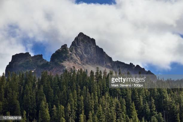 pinnacle peak and the castle - pinnacle peak stock pictures, royalty-free photos & images