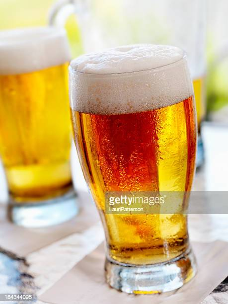 Liter Bier auf der Terrasse