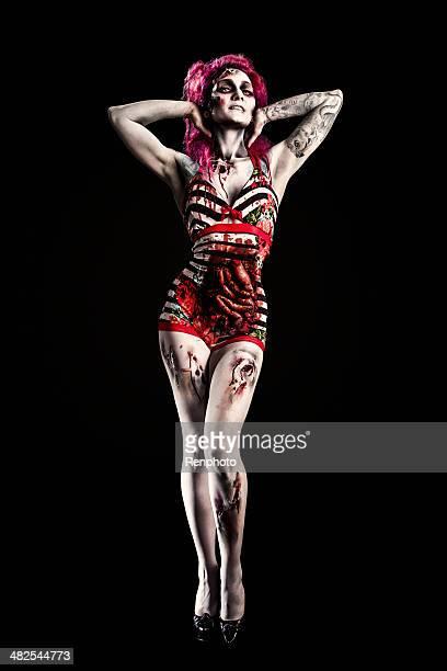 chica pin-up zombie en retro traje de baño - intestino humano fotografías e imágenes de stock