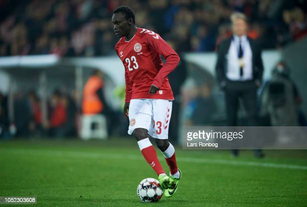 Pione Sisto of Denmark controls the ball during the international friendly match between Denmark and Austria at MCH Arena on October 16, 2018 in...