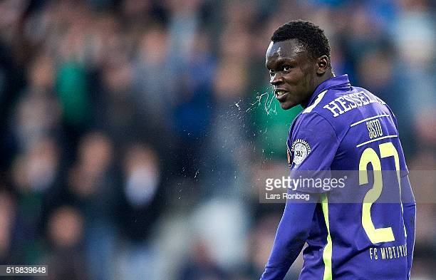 Pione Sisto of FC Midtjylland looks on during the Danish Alka Superliga match between Viborg FF and FC Midtjylland at Energi Viborg Arena on April 8...