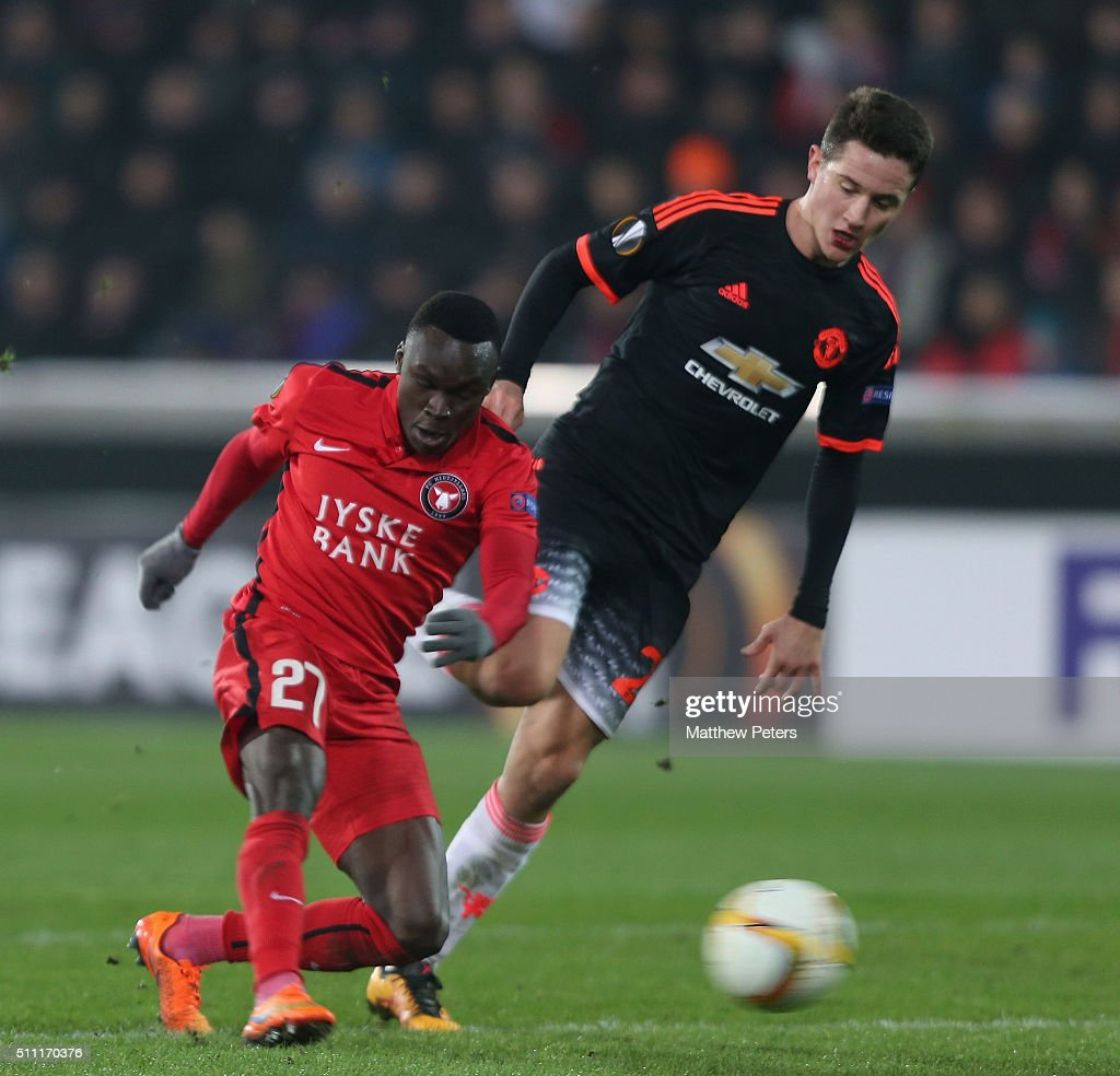 Pione Sisto of FC Midtjylland scores their first goal during the UEFA Europe League match between FC Midtjylland and Manchester United on February 18, 2016 at MCH Arena in Herning, Denmark.