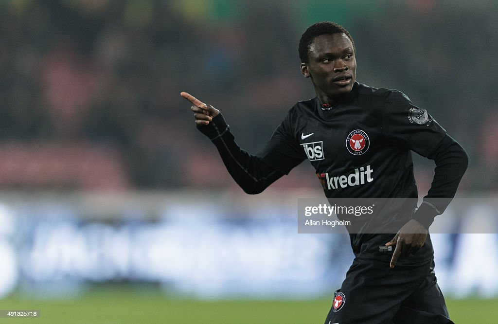 Pione Sisto of Midtjylland in action during the Danish Alka Superliga match between FC Midtjylland and AGF Aarhus at MCH Arena on October 4, 2015 in Herning, Denmark.