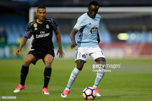 Pione Sisto of RC Celta in action against Danilo of Real Madrid during the La Liga match, between Celta Vigo and Real Madrid at Estadio Balaidos on...