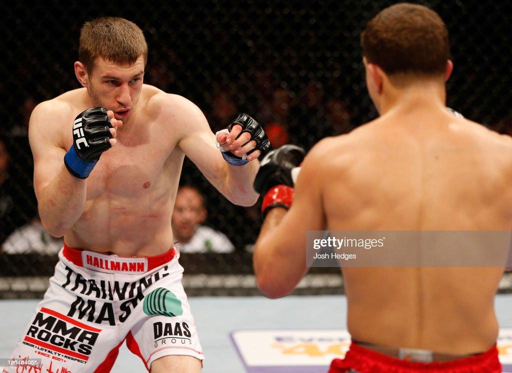 UFC Fight Night: Iaquinta v Hallman : News Photo