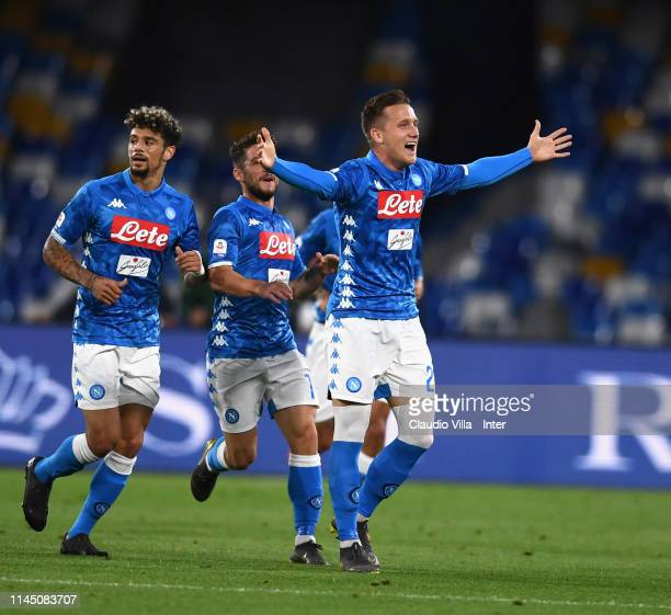 Piotr Sebastian Zielinski of SSC Napoli celebrates after scoring the opening goal during the Serie A match between SSC Napoli and FC Internazionale...