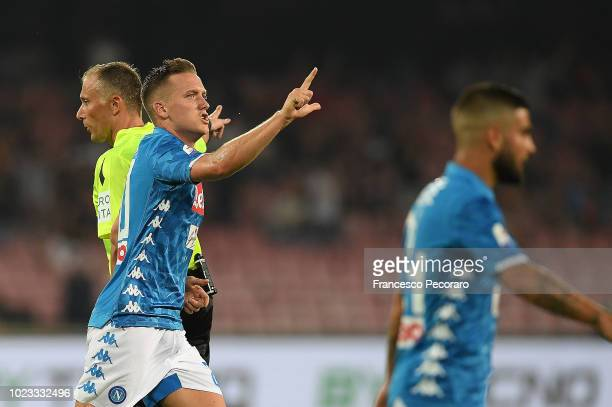 Piotr Zielinski of SSC Napoli celebrates after scoring the 12 goal during the serie A match between SSC Napoli and AC Milan at Stadio San Paolo on...