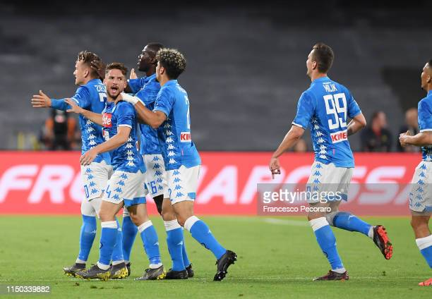 Piotr Zielinski of SSC Napoli celebrates with teammates after scoring the 10 goal during the Serie A match between SSC Napoli and FC Internazionale...