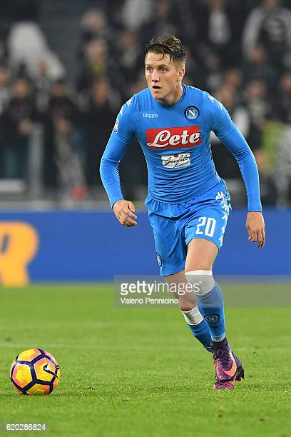 Piotr Zielinski of SSC Napoli in action during the Serie A match between Juventus FC and SSC Napoli at Juventus Stadium on October 29 2016 in Turin...
