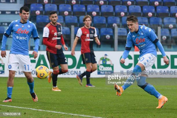 Piotr Zielinski of SSC Napoli shoots and scores the 2 - 1 goal during the Serie A match between Cagliari Calcio and SSC Napoli at Sardegna Arena on...