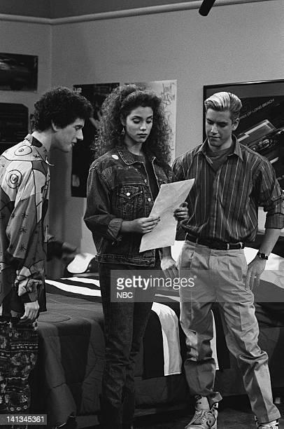 BELL 'Pipe Dreams' Episode 11 Air Date Pictured Dustin Diamond as Screech Powers Elizabeth Berkley as Jessie Spano MarkPaul Gosselaar as Zack Morris...