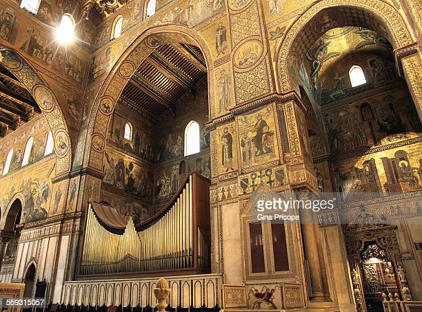 Pipe organ into the Cathedral of Monreale