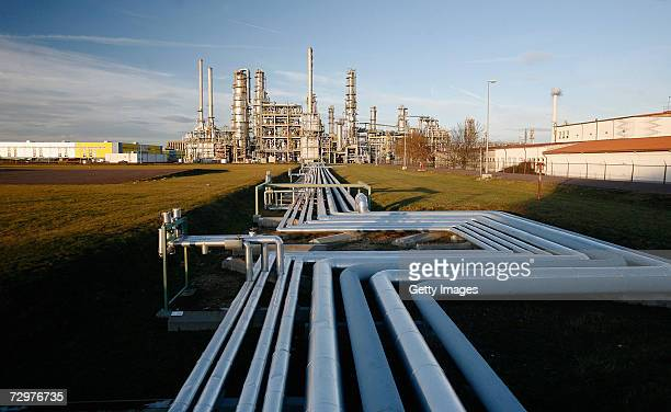 Pipelines are seen at the TOTAL oil refinery on January 10 2007 in Leuna Germany Crude oil from Russia has stopped flowing to the PCK refinery since...